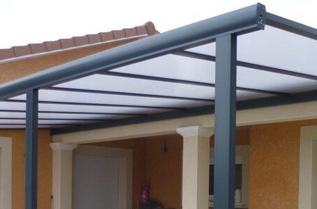 Quel matériau choisir pour le toit de sa pergola?